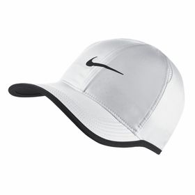 bone-nike-featherlight-cap-679421-100-branco_pdir