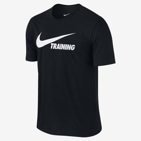 CAMISETA-NIKE-TRAINING-SWOOSH-777358-011-PRETO_1
