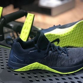 Tenis Nike Metcon Air Zoom DSX Flyknit 3 AQ8022-407 Azul Marinho verde 692013dc23921
